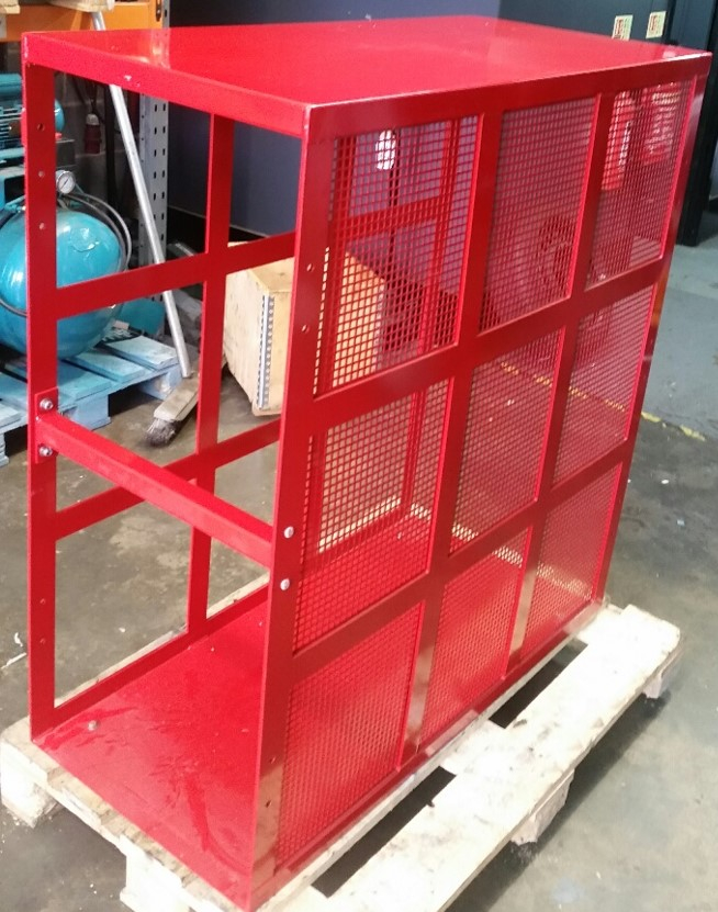 TRUCK TYRE SAFETY CAGE WITH MESH SIDES AND FRONT PANEL