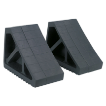 RUBBER WHEEL CHOCKS 3.3KG PAIR 115 X 270 X 175MM